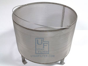 stainless steel brew in a basket cold brew coffee brewing filter